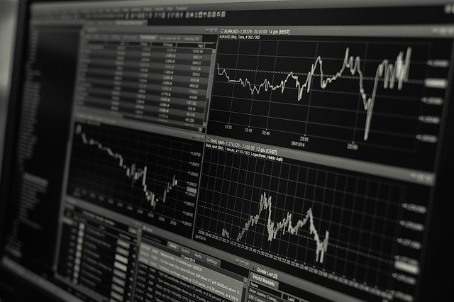 KLR) beschäftigt sich mit den Kosten und Leistungen, die in direktem Zusammenhang mit der innerbetrieblichen Leistungserstellung stehen. Sie bildet das Gegenstück zur Finanzbuchhaltung im betrieblichen Rechnungswesen