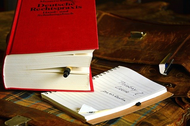 Rechtliches zu Inhalt, Layout, Eigentum und Copyright